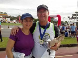 2012-05-20_09-19-54_939_Corrida_Mata_da_Praia_Eu_e_Soninha_