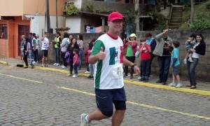 2012-06-24_09-18-16_674_Santa_Tereza_Eu_na_Largada
