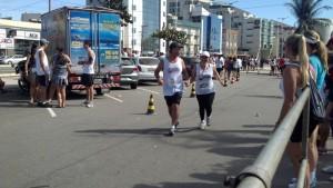 2012-07-29_09-57-54_871_CC_Moqueca_Eu_chegando_10k_com_Soninha_de_penetra_