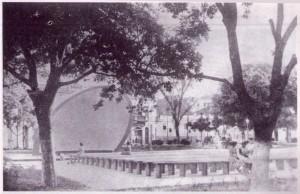 Concha acústica-1952 (reprografia extraída do livro Parque Moscoso, de Izabel Perini Muniz, p. 72)